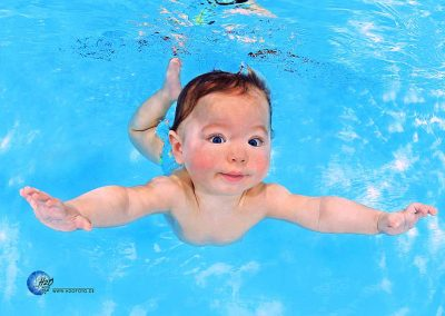 Babyschwimmen - Babyschwimmkurs - H2OFoto.de - Baby unterwasser Foto - Termin - Anmeldung, H2O Baby Photography taken with SUBAL Underwater Camera Housings and subtronic GmbH strobes and light